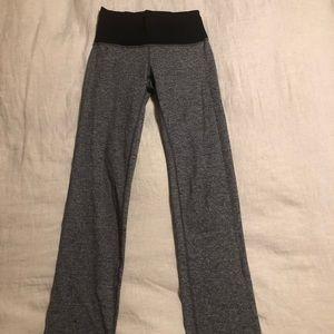 Lululemon yoga pants, size 6